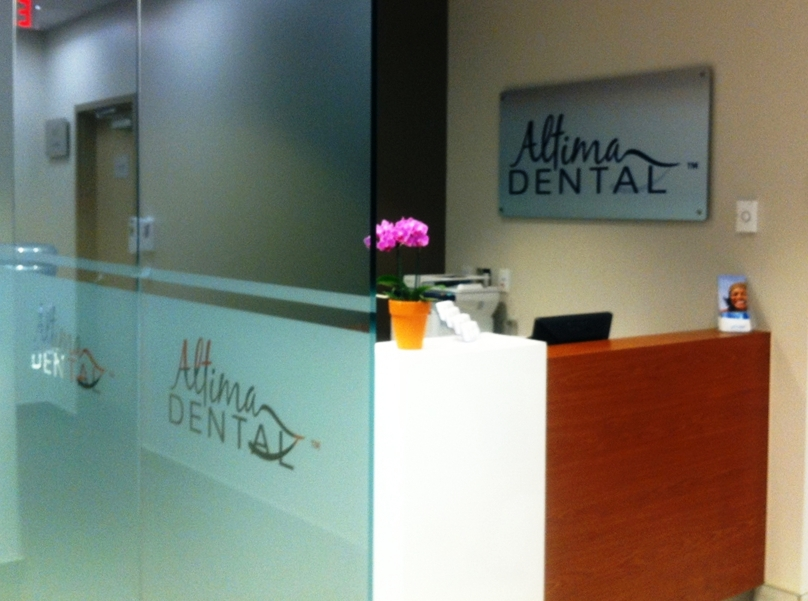 Dentist in Toronto | Implants | Altima Dental Centre at First