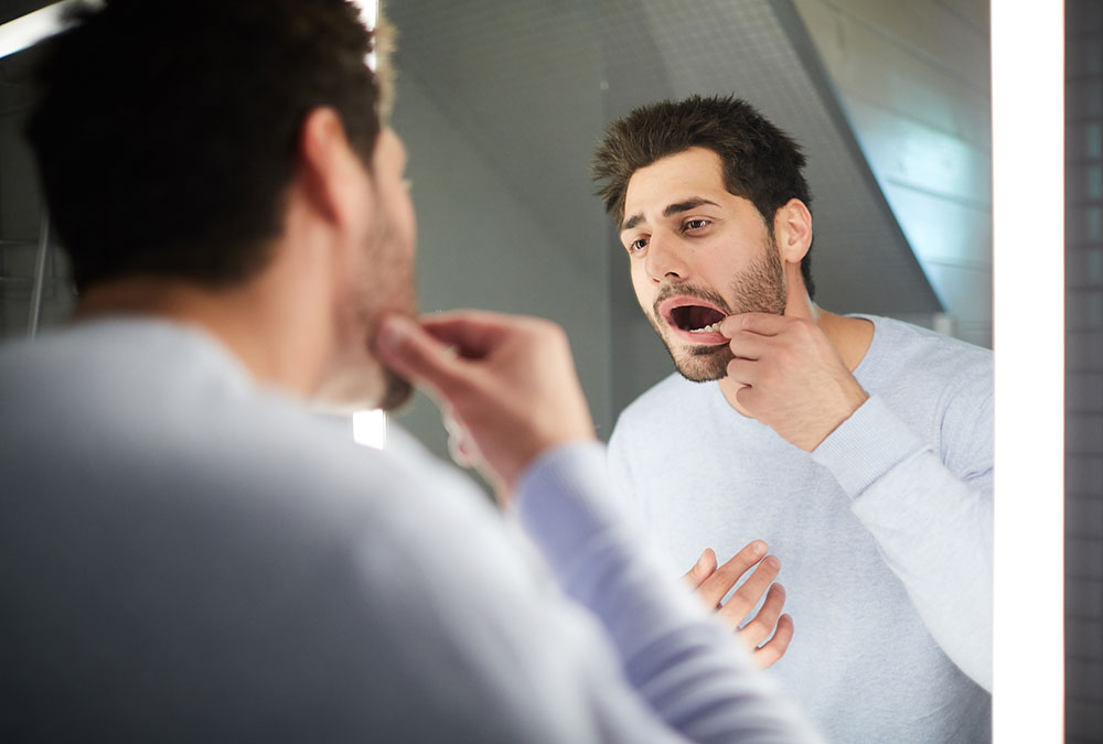 How To Conduct An Oral Cancer Self-Exam